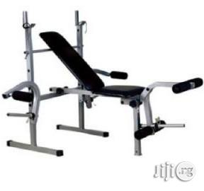 Weight Lifting Bench With Butterfly