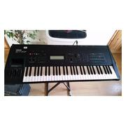 Yamaha SY 77 Music Synthesizer Keyboard | Musical Instruments & Gear for sale in Lagos State, Ikeja