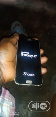 Samsung Galaxy J7 Pro 16 GB Gold   Mobile Phones for sale in Edo State, Egor