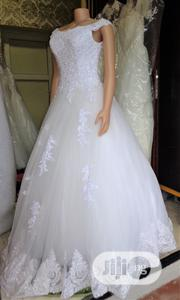 Wedding Gown for Rent With Veil, Basket, Tiara, Bouquet | Wedding Wear for sale in Lagos State, Magodo