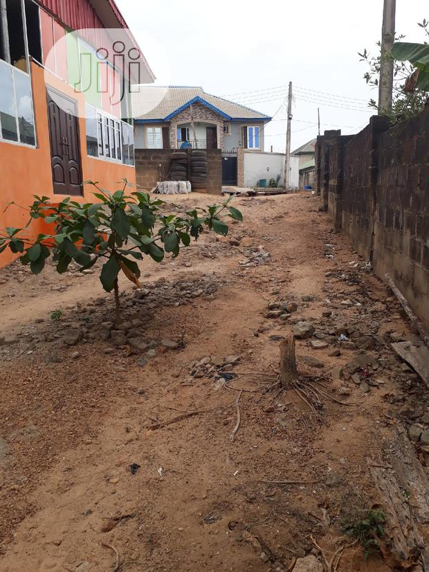 Archive: Plot Of 300sqm With Foundation Built To Lintel Level 4 Sale At Arepo