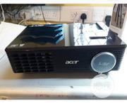 This Is U.K Used Projector With 2700 Newmail.   TV & DVD Equipment for sale in Lagos State, Ikeja