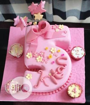Swell Beautiful Character Birthday Cakes For Children In Ikorodu Party Funny Birthday Cards Online Alyptdamsfinfo