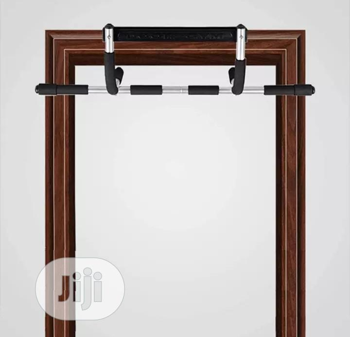Indoor Pull Up Bar Horizontal Bar Exercise Equipment For Home Fitness