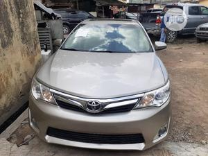 Toyota Camry 2014 Gold