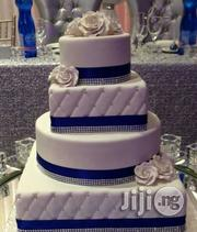 Blue And White Wedding Cake | Wedding Venues & Services for sale in Abuja (FCT) State, Garki 2